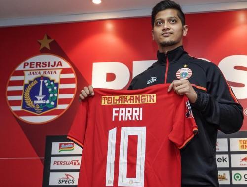 Farri Agri dikontrak selama dua musim oleh Persija Jakarta (Foto: Twitter/Persija)