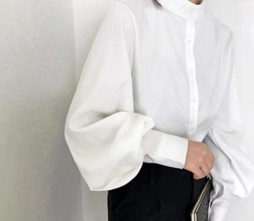 Ilustrasi baju putih