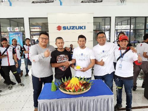 Suzuki Komunitas
