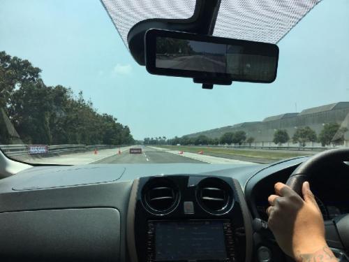 mengemudi