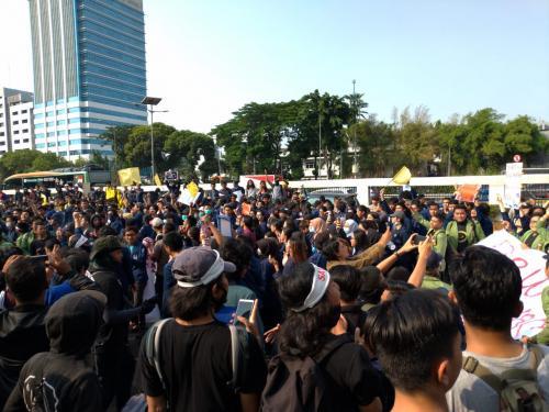 Demonstrasi di DPR