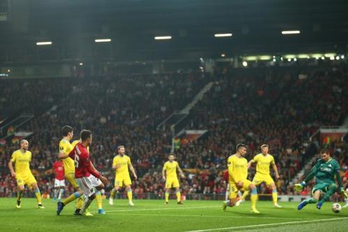 Suasana laga Man United vs Astana