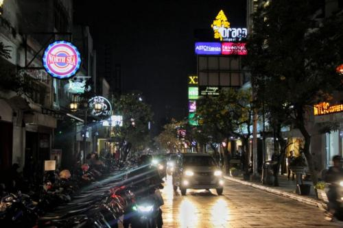 Jalan Braga, Kawasan Kota Tua di Bandung (foto: Okezone/CDB Yudistira)