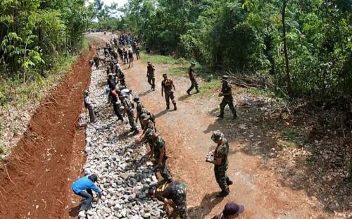 Program TNI Manunggal Membangun Desa (TMMD) di Purwakarta (Ist)