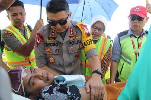 Mantan Kasatreskrim Wonogiri, Kompol Aditya Mulya Ramdhani, belum sadar usai tiga bulan dirawat di Singapura. (Foto: Taufik Budi/Okezone)
