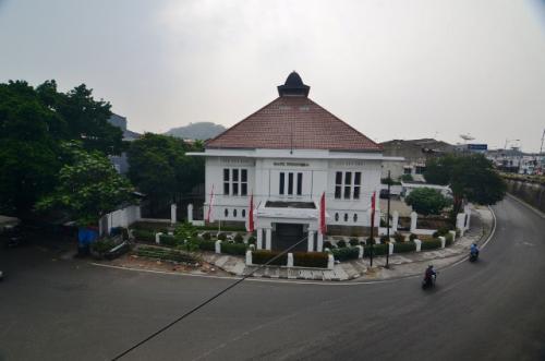 Kota tua Padang, Gedung De Javasche Bank, sekarang Museum BI. (Foto: Rus Akbar/Okezone)