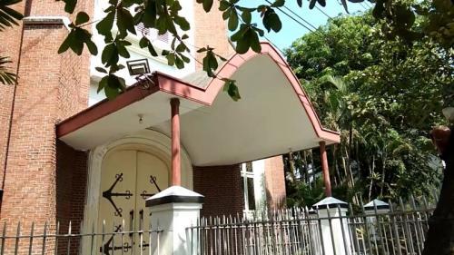 Gereja Gedangan Saksi Bisu Pertempuran 5 Hari di Semarang (foto: iNews/Taufik Budi)