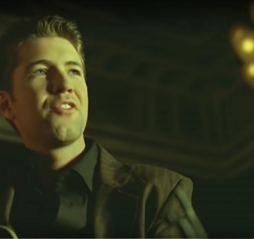 Josh Turner di MV Your Man