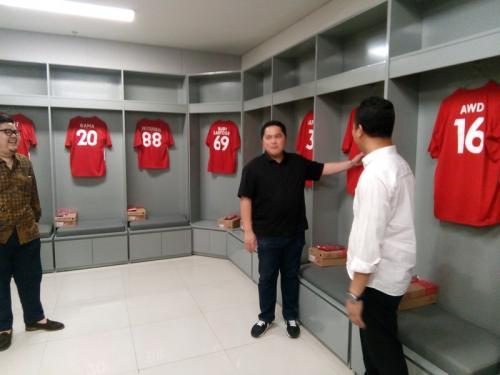 Erick Thohir di Stadion Manahan