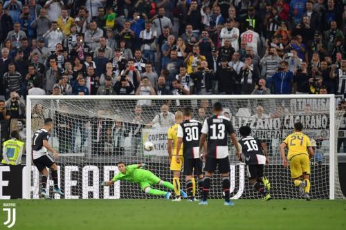 Suasana laga Juventus vs Hellas Verona