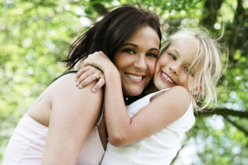 anak dan ibu ceria