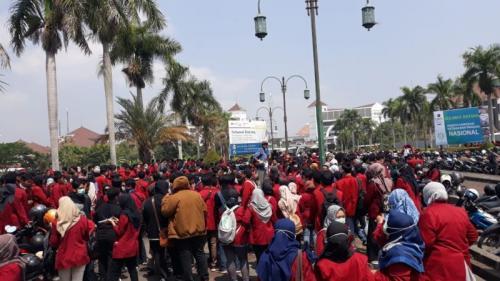 Ratusan Mahasiswa Tinggalkan Kampus Ikuti Aksi GejayanMemanggil (Foto: Kuntadi/iNews)