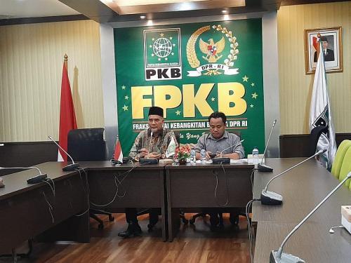 Frkasi PKB DPR RI ajak masyarakat bersama-sama atasi kebakaran hutan (Foto: Okezone.com/Harits)