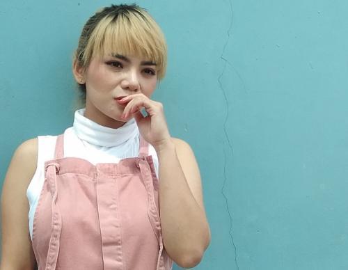 Dinar Candy mengaku, somasi yang dilayangkan Bebby Fey salah alamat. (Foto: Okezone)