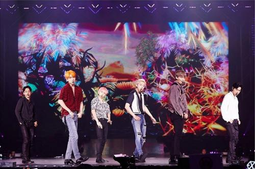 Konser EXO