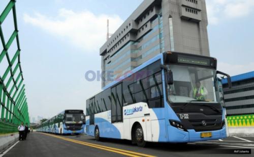 Bus Transjakarta. (Foto: Arif Julianto/Okezone)