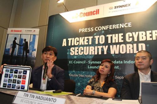 PT Synnex Metrodata Indonesia (SMI) mengumumkan kemitraan strategik dalam penyediaan solusi sertifikasi keamanan siber.