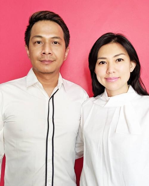 Delon Thamrin dan istri.