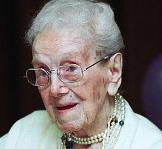 Dari pernikahannya ia dianugerahi seorang putri bernama Kathryn pada 1903 dan meninggal pada 2005.