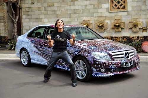 Mobil batik