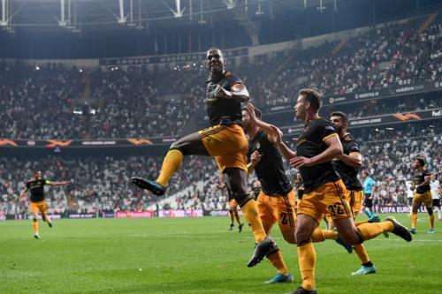 Wolverhampton Wanderers menang dramatis berkat gol tunggal Willy Boly atas Besiktas (Foto: Twitter/Europa League)