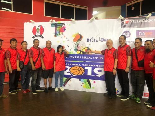 Pembukaan Indonesia Muda Basketball Open Tournament 2019. (Foto: Okezone/Djanti Virantika)
