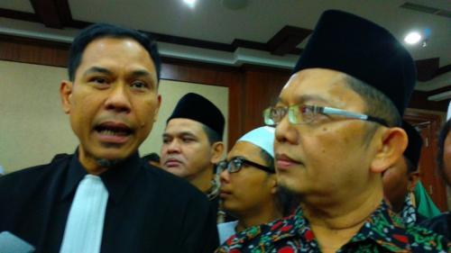 Munarman. (Dok Okezone.com/Fadel Prayoga)