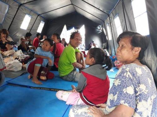 Pengungsi korban kebakaran di Tamansari, Jakarta Barat. (Foto: Achmad Fardiansyah/Okezone)