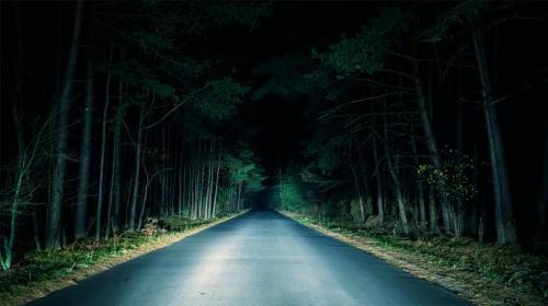 jalanan angker