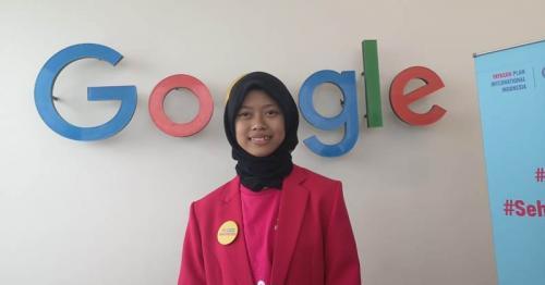 Google Indonesia mengizinkan remaja 15 tahun Sabrina asal Blitar untuk menjadi Managing Director Google Indonesia.