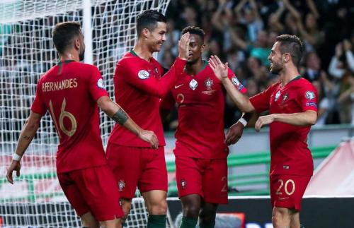 Aksi Cristiano Ronaldo saat sedang membela Portugal