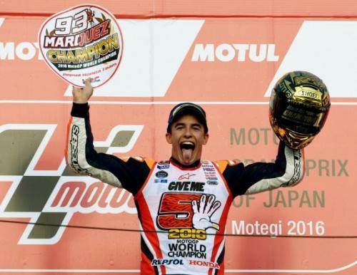 Marc Marquez merayakan keberhasilannya menjuarai MotoGP 2019
