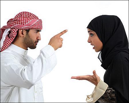 Suami Istri berantem