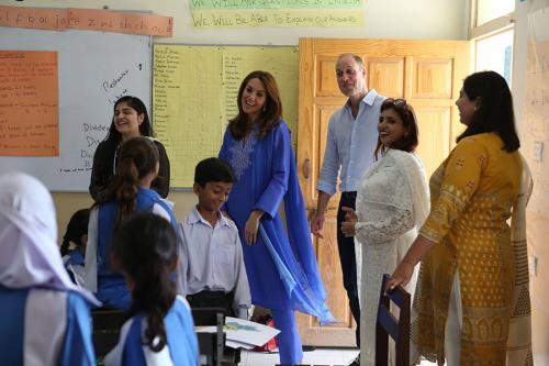 Kate Middleton ke sekolah