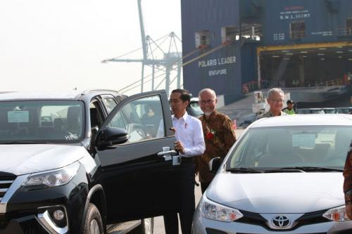 eksport mobil toyota