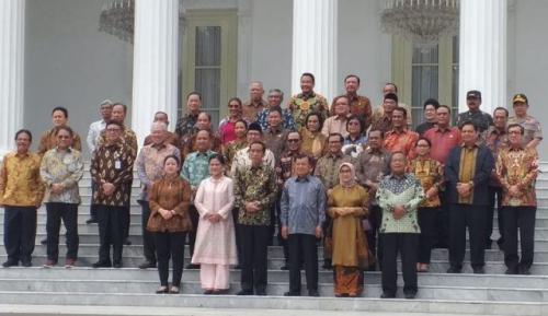 Perpisahan jokowi dengan Menteri Kabinet Kerja