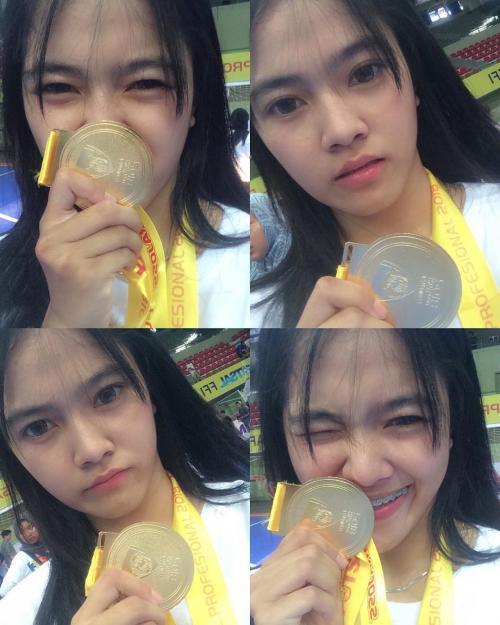 Siti Latipah medali