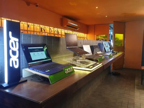 Acer menawarkan jajaran lengkap laptop tipis mulai dari seri Swift sampai dengan seri Aspire.