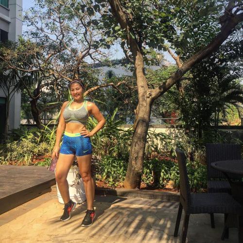 Emma jogging
