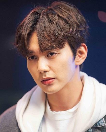 Yoo Seung Ho tengah bernegosiasi dengan tvN untuk membintangi Memorist. (Foto: MBC)