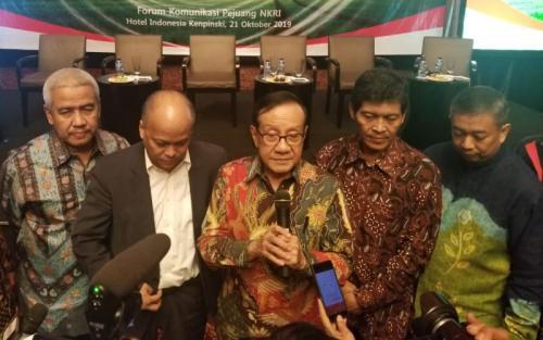 Akbar Tanjung dan Ilham Habibie (foto: Ist)