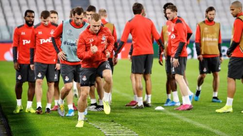 Lokomotiv di sesi latihan jelang laga melawan Juventus
