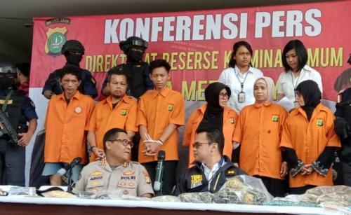 Polda Metro Jaya merilis enam tersangka percobaan penggagalan pelantikan presiden pada 20 Oktober 2019. (Foto: Irfan Ma'ruf/iNews.id)