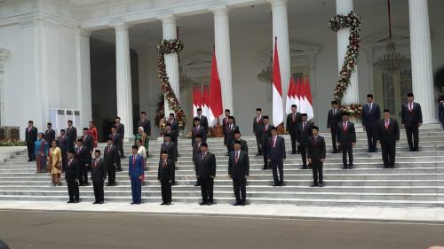 Jokowi-Maruf Amin bersama Kabinet Indonesia Maju Foto: Fakhrizal Fakhri