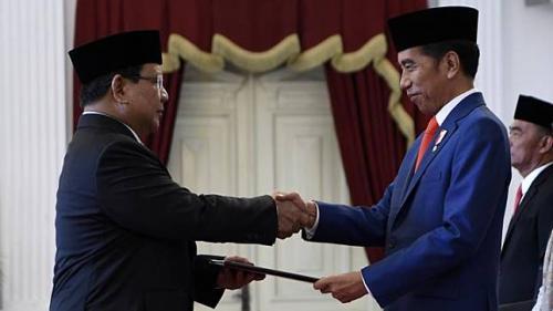Prabowo dilantik Jokowi