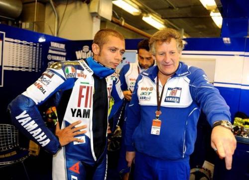 Jeremy Burgess khawatir melihat penurunan Valentino Rossi (Foto: MotorCycleDaily)