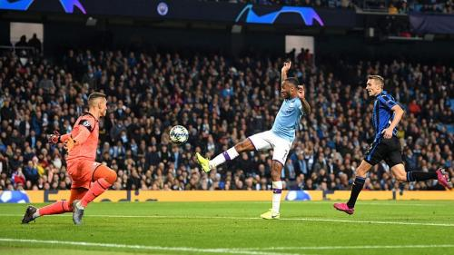 Raheem Sterling membela Man City