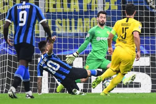 Lautaro Martinez vs Borussia Dortmund (Foto: UEFA)