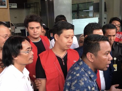Galih Ginanjar terlibat kasus ikan asin bersama Pablo Benua dan Rey Utami. (Foto: Okezone)