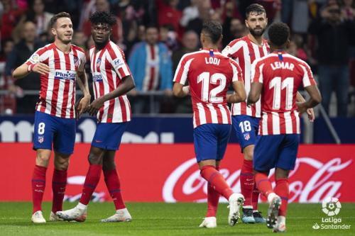 Suasana laga Atletico vs Madrid